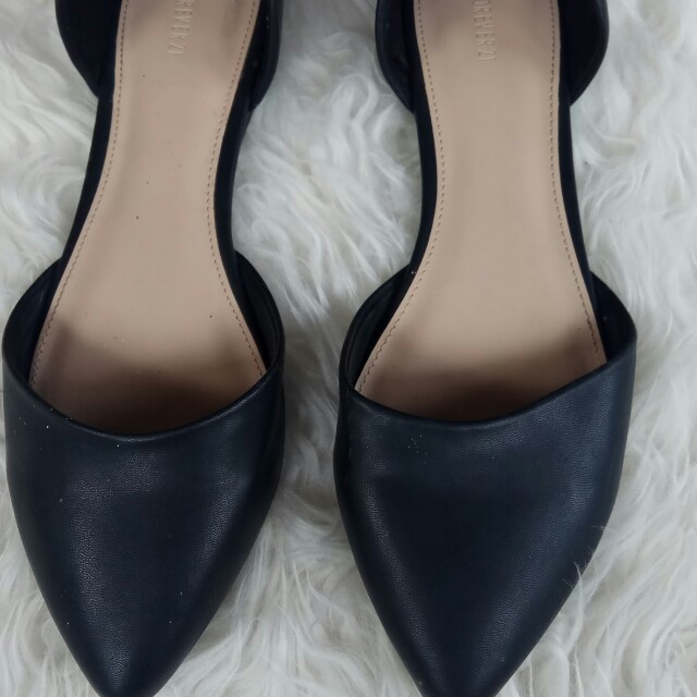Flat shoes forever21