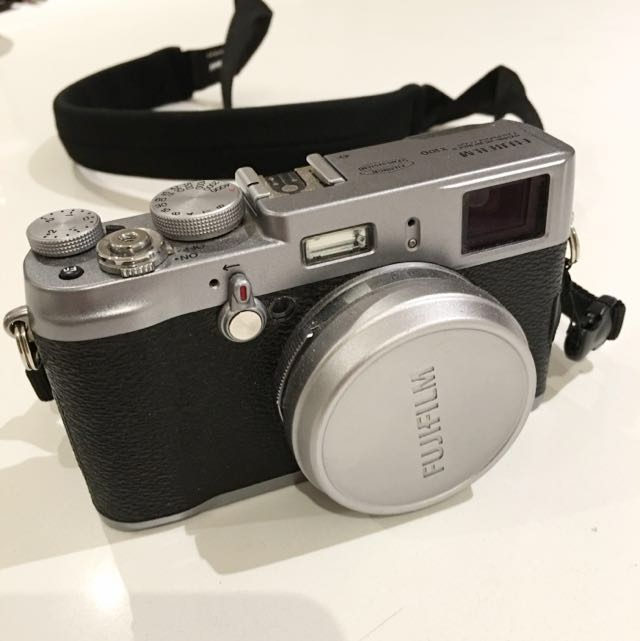 Fujifilm X100 Digital Camera