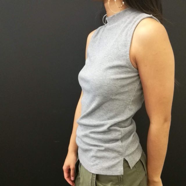 Grey turtle neck singlet