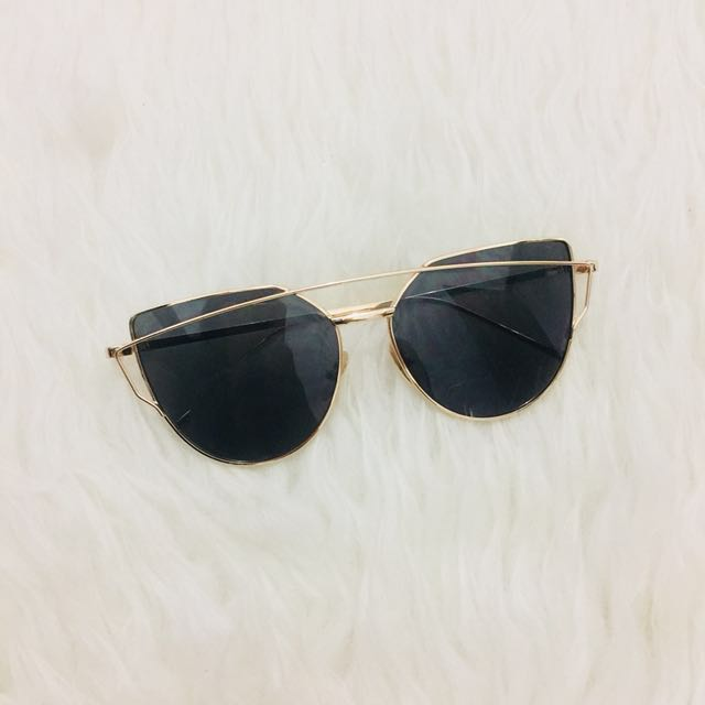Kacamata fashion / kacamata hitam