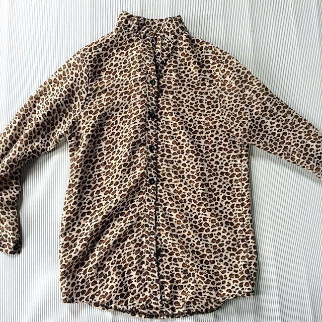 Leopard sheer top long sleeves