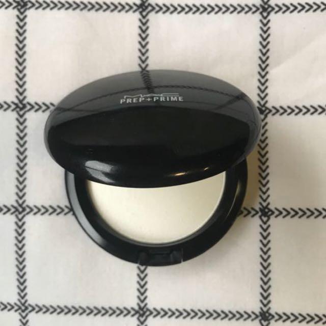 MAC Prep and Prime Translucent Powder
