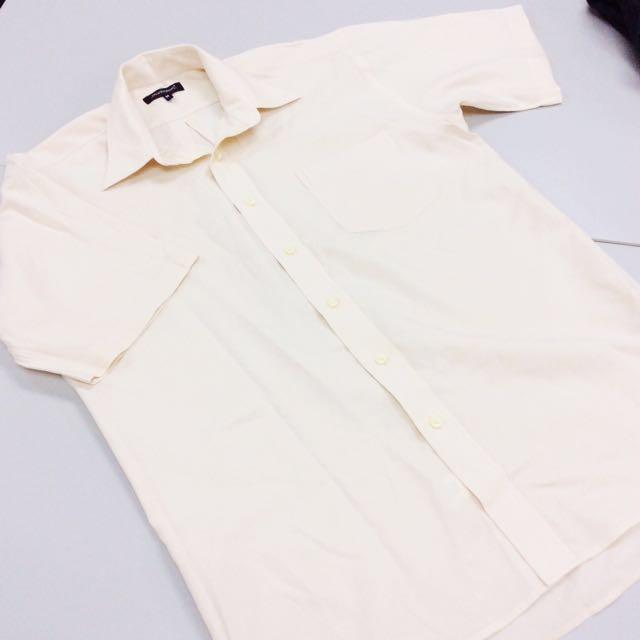 [Manhattan] Men's Short Sleeved Shirt.