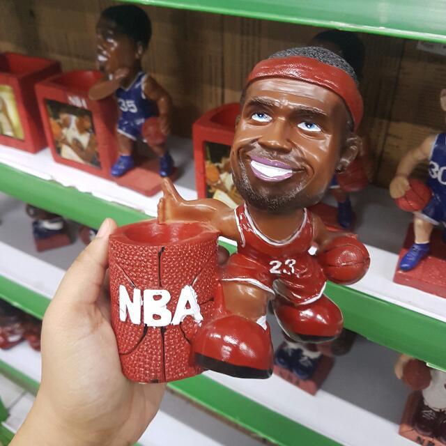 NBA Sculpture