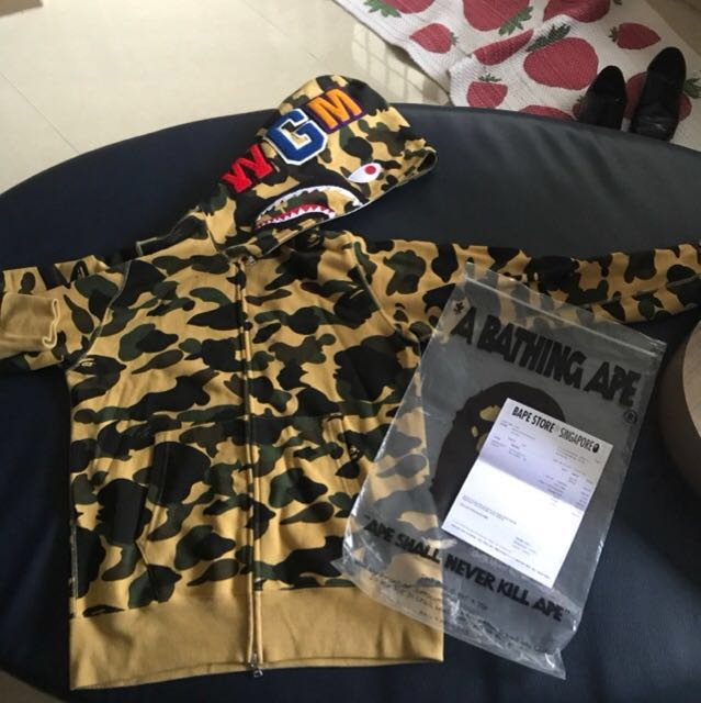 a9a8d99f [NEGO]WTS/WTT Bape Shark Hoodie 1st Camo (Yellow), Men's Fashion, Clothes  on Carousell