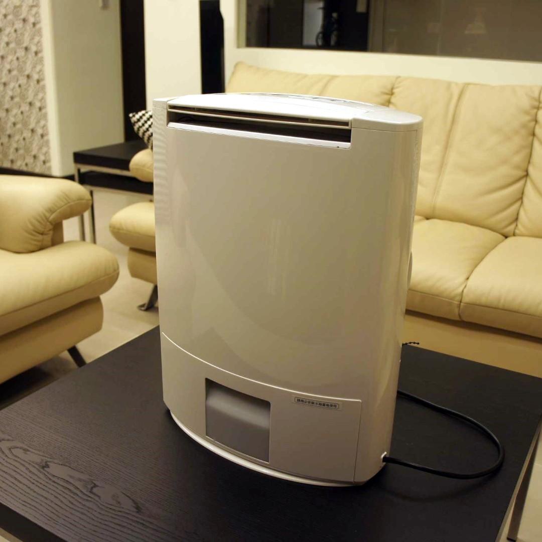 二手除濕機Panasonic除濕輪環保除濕機(F-YZD10W)超靜音9.5公升/日