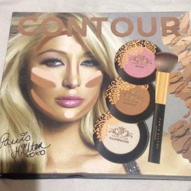 Paris Hilton Contour Kit