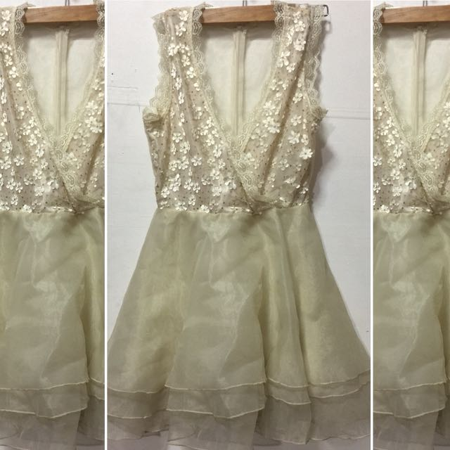 Preloved Short Gown (small)
