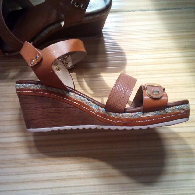 90942efa687f84 Belladonna wedge sandals
