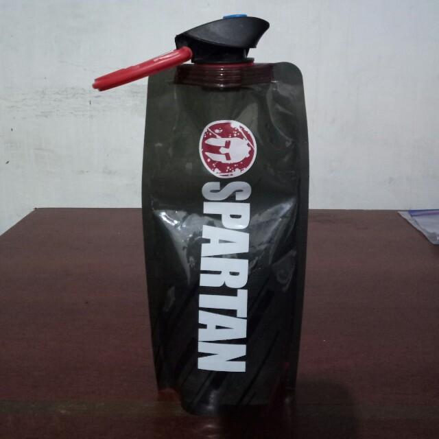 Spartan race flexible water bottle