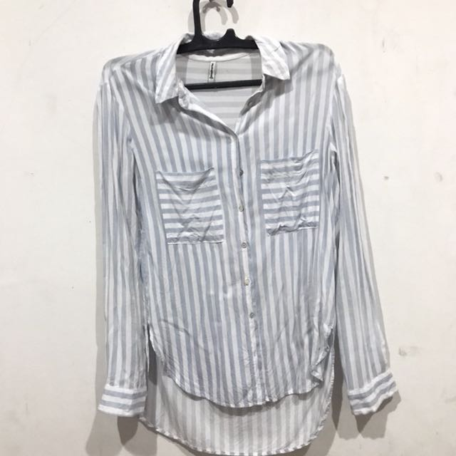 Stradivarius stripes shirt