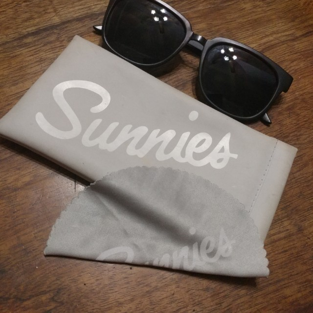Sunnies Sunglass