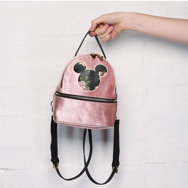 Typo convertible backpack