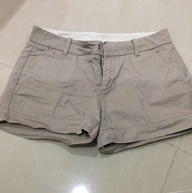 Uniqlo - Short Pants