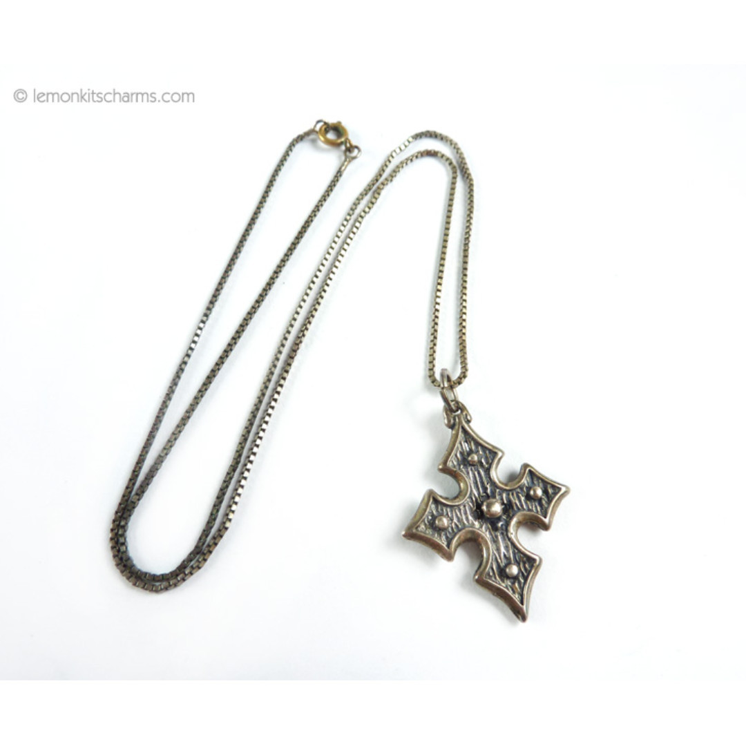 Vintage Sterling Silver Maltese Cross Pendant Necklace, Goth, nk1031-c