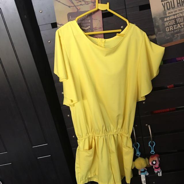 Yellow Jumpshort s-m