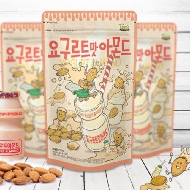 Yogurt Almond