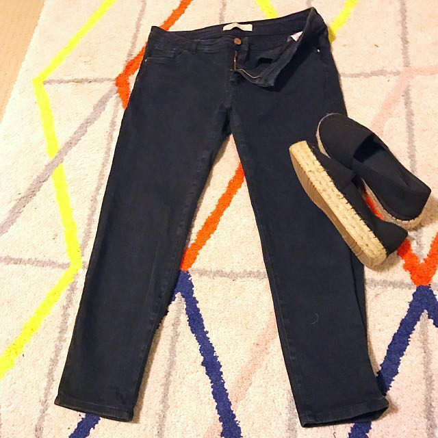 Zara Black Relaxed Fit Denim Jeans