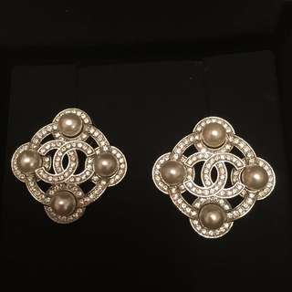 99% new Chanel earrings