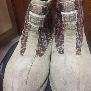 Asics 亞瑟士 Onitsuka tiger 厚鋪棉靴子 24.5/39/6 麂皮 卡其 #舊愛換新歡