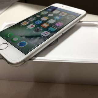 iPhone 6s 64G silver 銀