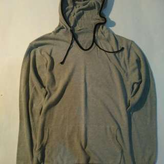 Hoodie sweater (no lable)