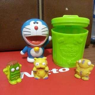 Doraemon figure n the trash pack