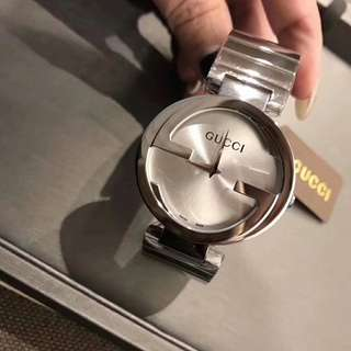 Gucci watch for women 32mm / 28mm size