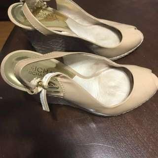 Real Mk sandal 6.5 size