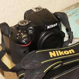 Nikon D5100 (Full Set) $275 only!