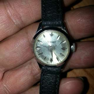 舊嘅TUGARIS SWISS 3針女裝手錶