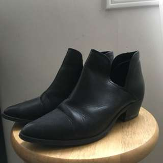 Steve Madden Leather Cut Out Boots