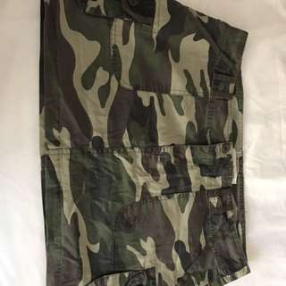 Cotton On army camouflage skirt sz12