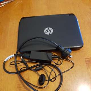 Laptop hp and bag