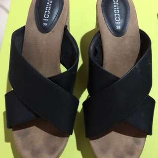 Pre loved wedge sandals