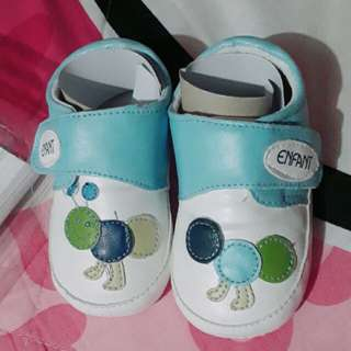 Enfant baby shoes 12 mos up
