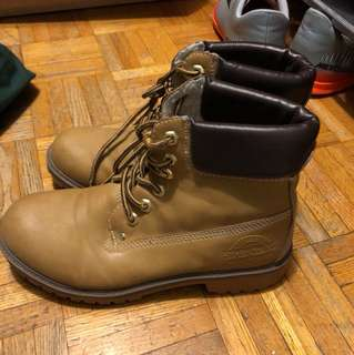 Timbs look alike