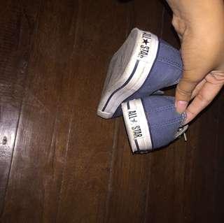 Converse (Navy blue) Size 5-6