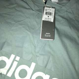 ❗️Price Reduced❗️BNWT Adidas T-Shirt