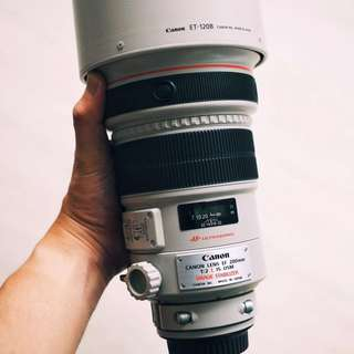 Canon 200mm EF200mm f2 Lens 200f2 200mmf2