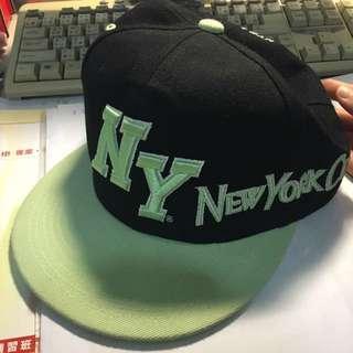 🚚 NYC帽子