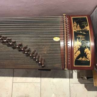 Guzheng WITH FREE DELIVERY!!