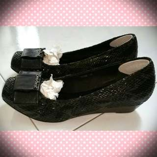 Everbest Ladies Shoes (Black)