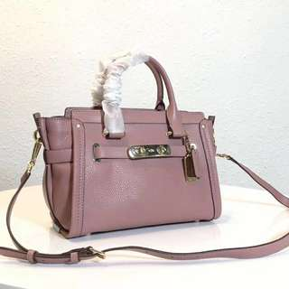 Coach Pebbled Leather Swagger 27 Satchel / Hand Carry bag / sling bag / Crossbody bag