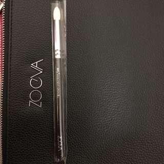 Zoeva - 231 petite crease brush