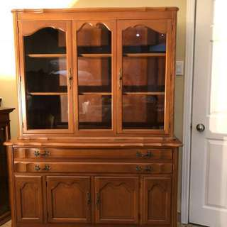 100% SOLID WOOD ANTIQUE DISPLAY CABINET