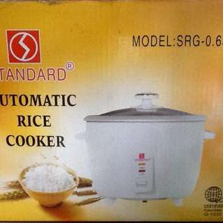 Rice Cooker Model SRG-0.6 l