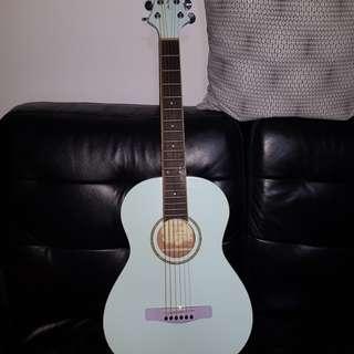 Beginner 3/4 sized Acoustic Guitar