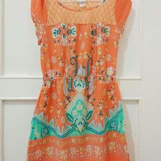 H&M mini dress batik