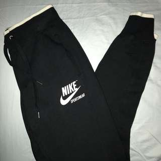 BNWT Nike Trackpants